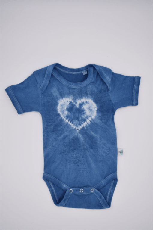 blu-baby-bodysuit-hearts-made-of-organic-cotton